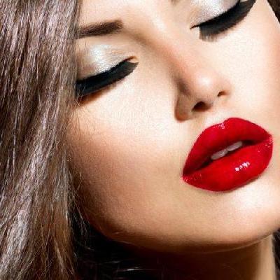 Kształtne, seksowne i naturalne usta? Z kwasem hialuronowym…